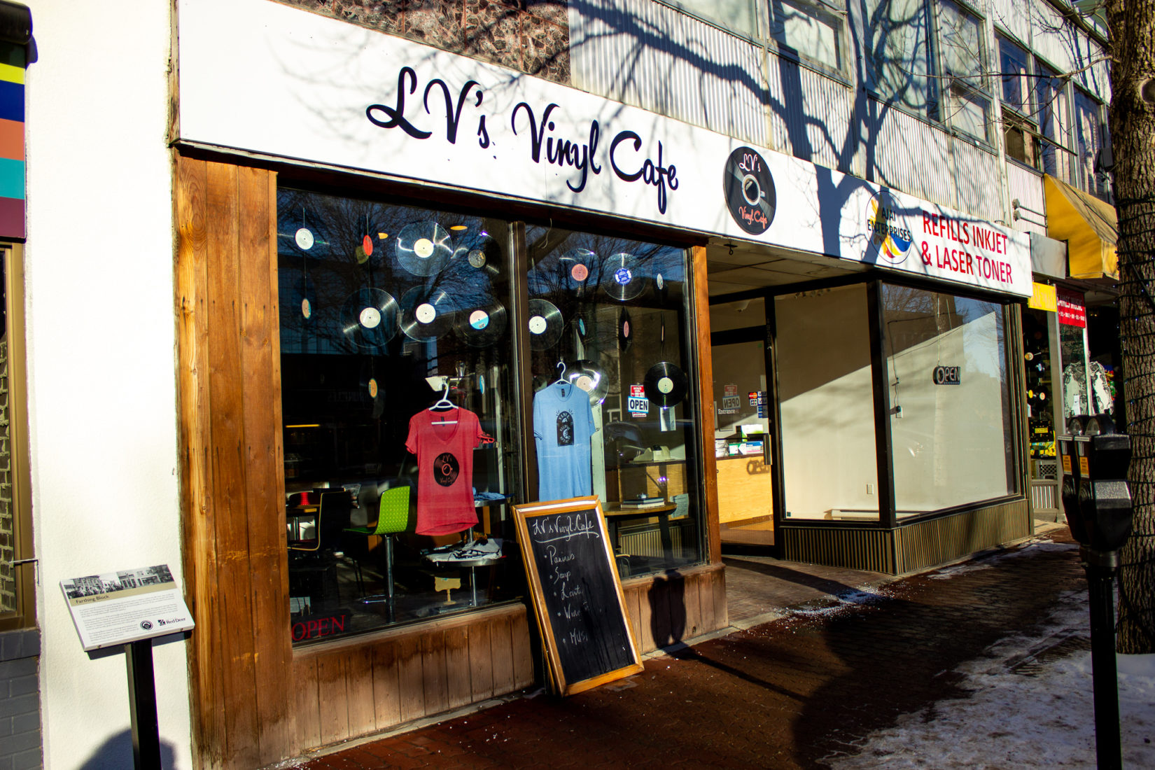 Business Spotlight – LV's Vinyl Cafe
