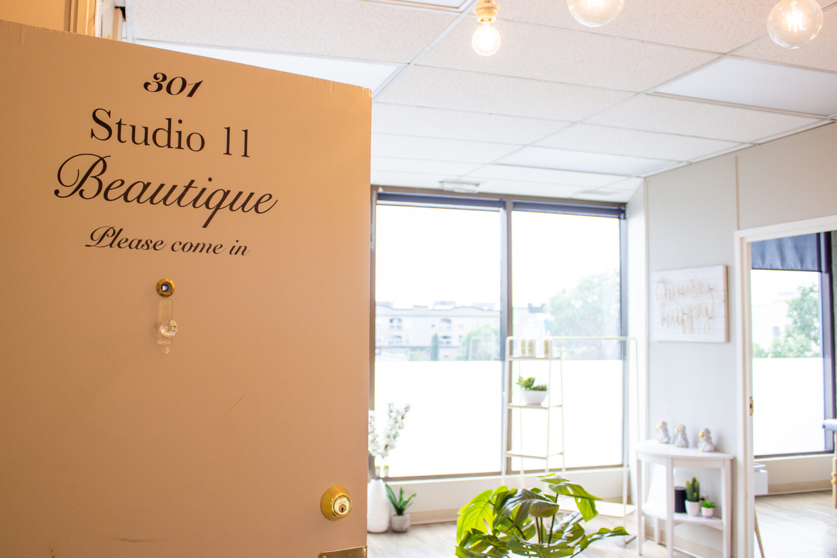 Business Spotlight: Studio 11 Beautique